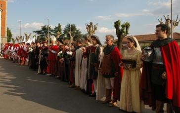 Foto dalla sfilata della Santa Croce 3 maggio